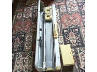 KNITMASTER Knitting Machine with Accessories/Attachments