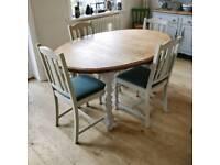 Oak extending dining table and 4 chairs, kitchen table, dining table