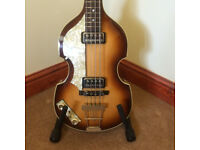 Hofner 500 violin bass vintage series.