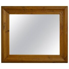 PINE MIRROR IN A CHUNKY PINE STYLE FRAME IDEAL FOR BEDROOM OR LIVING ROOM