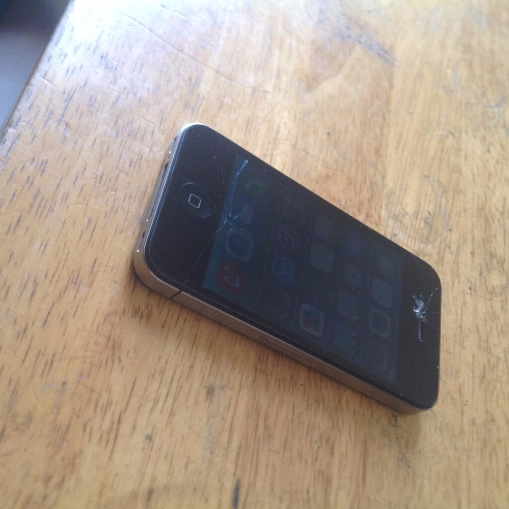 Apple iphone 4Black16gbin Camden, LondonGumtree - For sale is iphone 4. Black 16GB. Good working condition, Has a crack on the screen which does not affect function, and when the screen is on it can hardly be seen. Back cover is in very good condition, no cracks can deliver if local