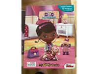 Doc McStuffins Busy book with playmat & figures