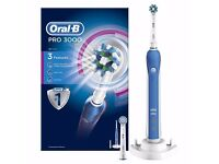 Oral-B Pro 3000 CrossAction Electric Rechargeable Toothbrush Powered by Braun - with a UK 2 pin plug