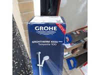 Grohtherm 1000 Tempesta shower with fixing kit