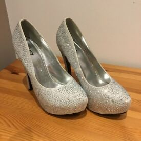 Size 5 - Ladies Heels - £5 each