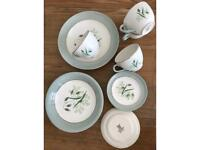 Copeland Spode soft whispers tea cup plates set