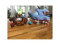 Incredibles 2 vehicles, costume & characters toy bundle