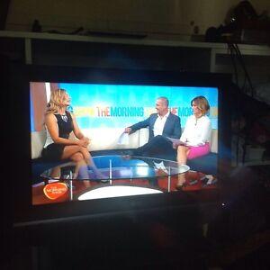LG LCD FULL HD TV $125neg Mount Gravatt Brisbane South East Preview