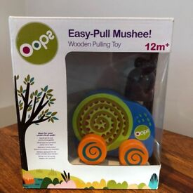 BARGAIN! - Brand new in box wooden pull-along toy