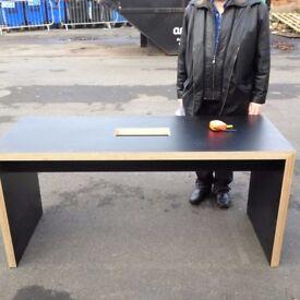 Brand new desks only 2 left designer desks £39 free delivery