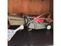 Honda lawn mower with rear roller