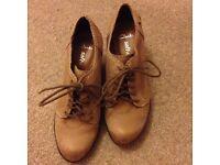 Woman's shoes ( Clarks )