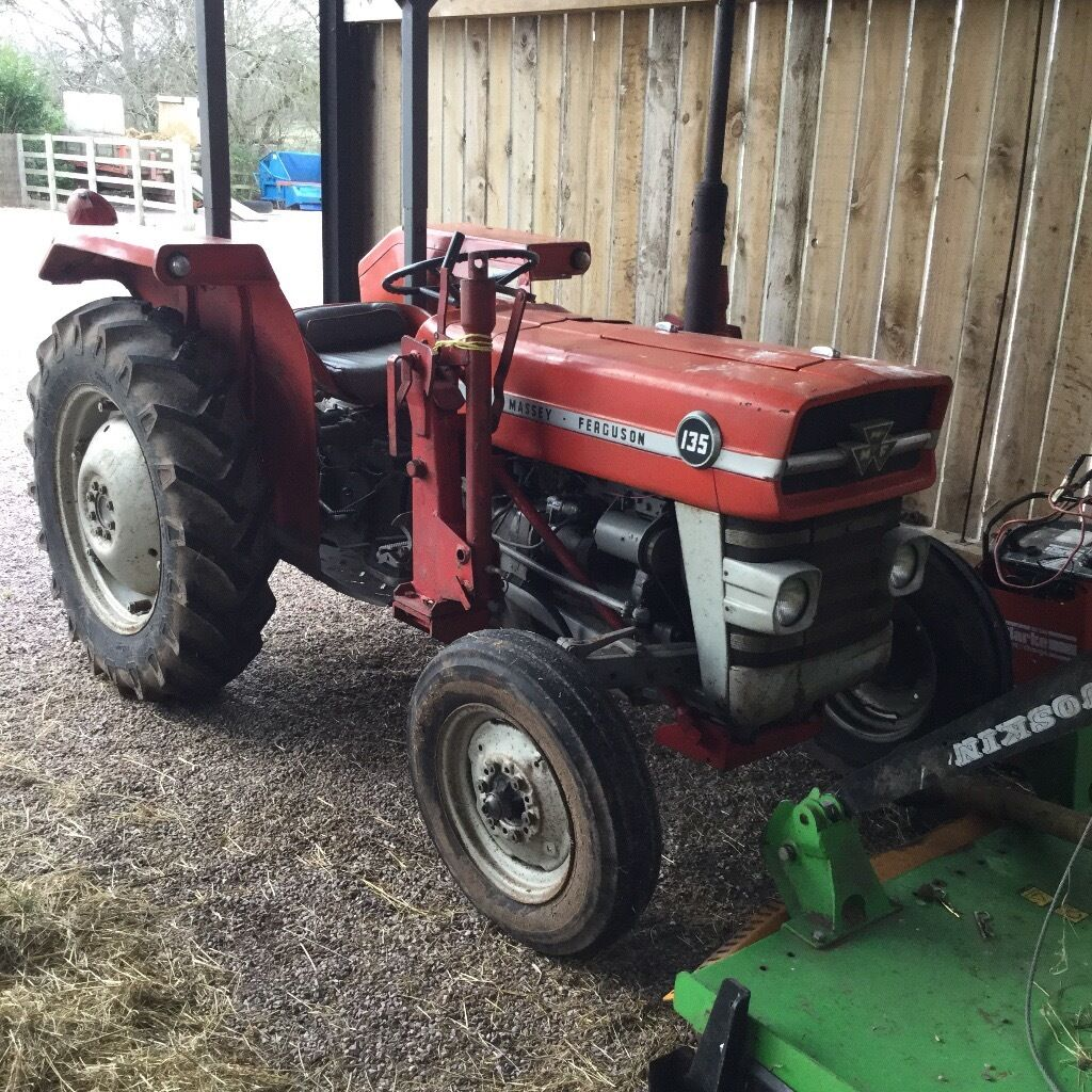 massey ferguson 135 with mp and loader in cheshire gumtree. Black Bedroom Furniture Sets. Home Design Ideas