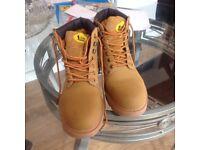 Men's Tradesafe Beige suede Boots