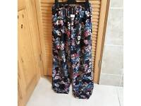 Ladies casual summer trousers size 12 select