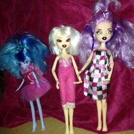 Dolls (ref 5)