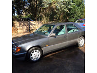 W124 E220 Mercedes Benz - Excellent condition for year.