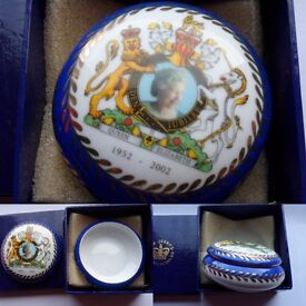 China Queen Trinket box...Brand new