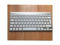 Apple wireless keyboard first version