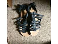 Sandals x2