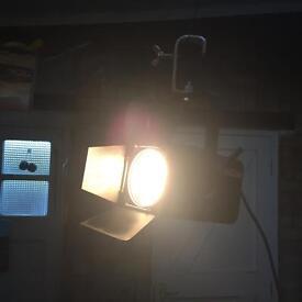 ZERO 88 CCT Fresnel 650w studio theatre lights