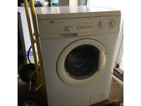 Zanussi - Washing Machine - Fully working - Very Good Condition - Hardly used