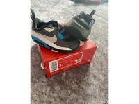 Nike 90 crib