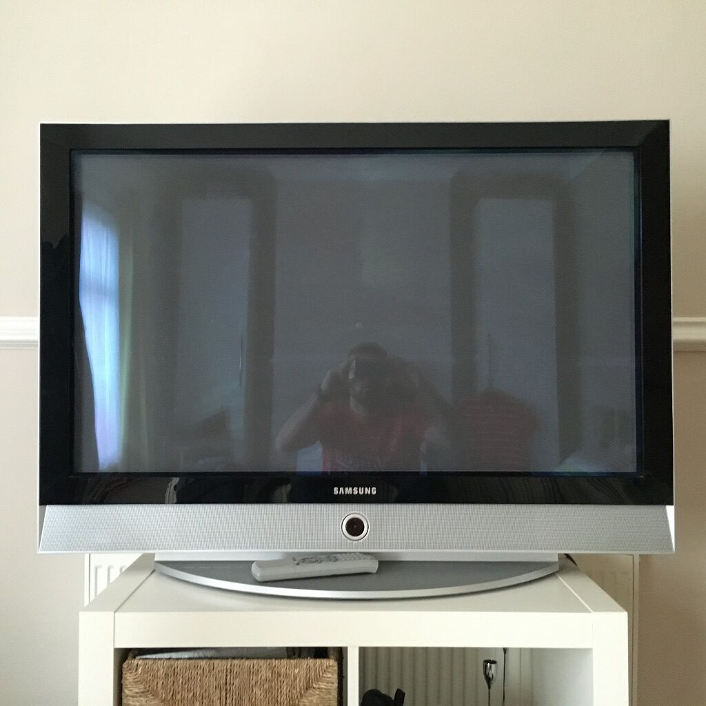 sold samsung 42 inch plasma flat screen tv in yeovil somerset gumtree. Black Bedroom Furniture Sets. Home Design Ideas