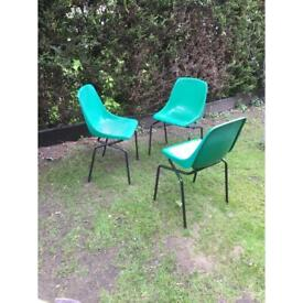 2 chairs left