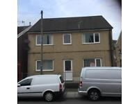 One bedroom flat with parking