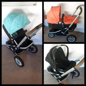 Mothercare Xpedior pram and pushchair travel system, car seat and loads of free extras