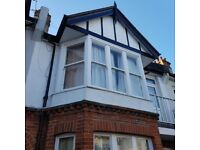 Double room in lovely warm quiet flat in lovely area.All bills incl except tv lic internet incl