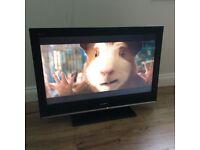 """SONY BRAVIA 32"""" LCD TV (KDL-32S3000)"""