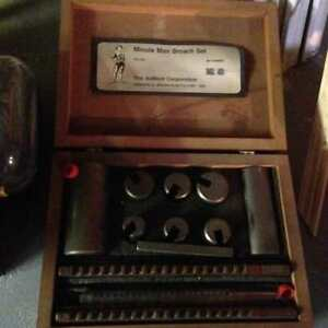 Broach set, dumont minute man no 40 with wooden box