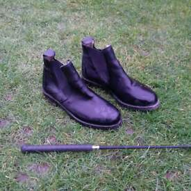 size 4 horse riding shoes and whip