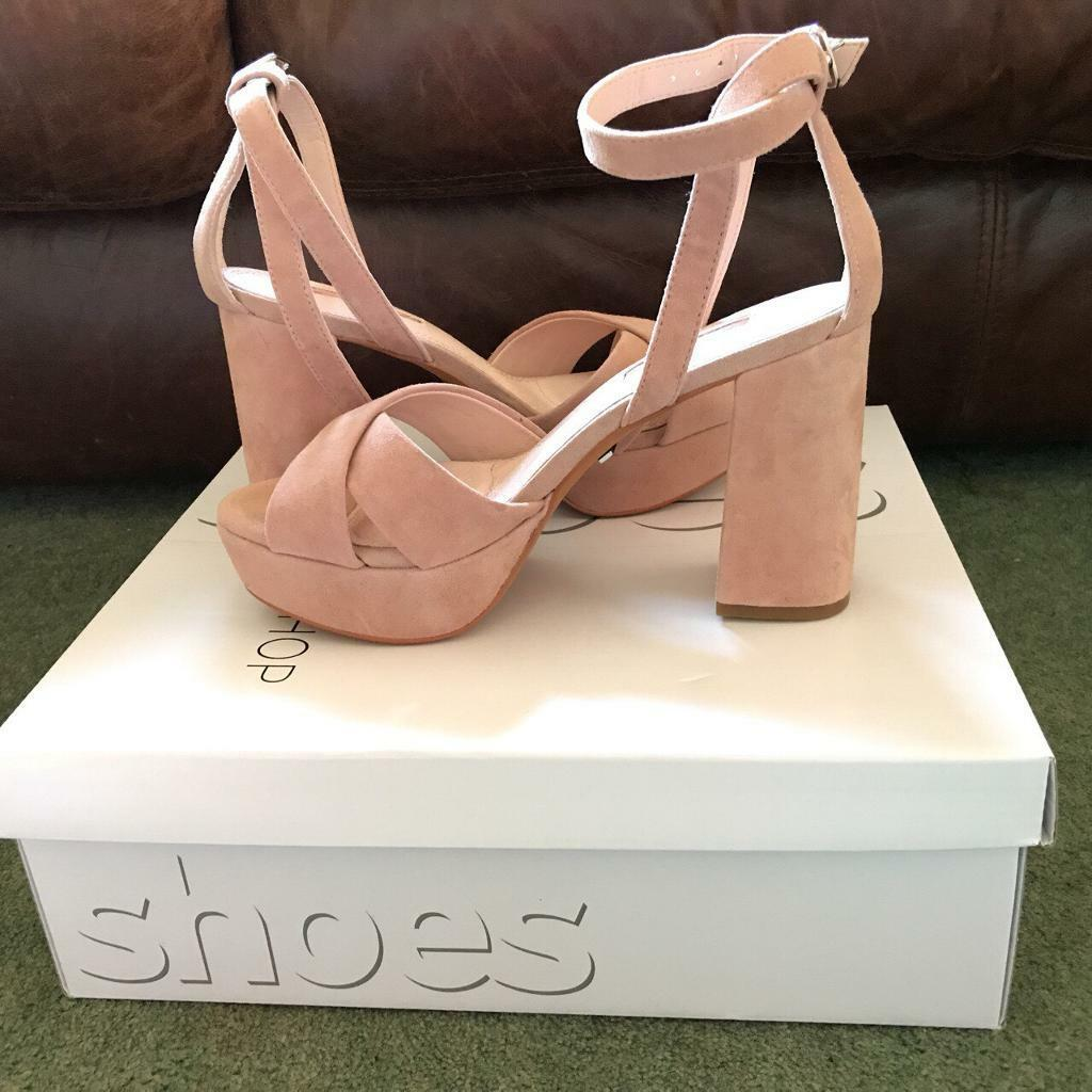 068859bf6854 Brand new- Light pink nude heeled shoes from TopShop