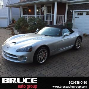 2005 Dodge Viper SRT-10 (Contact Mike or Glenn at 902-765-1302)