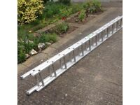 2 X 12 RUNG LIGHTWEIGHT EXTENDING LADDER-LIKE NEW AS HARDLY USED -ex CONDITION