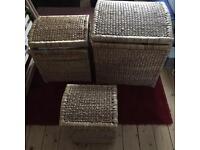 Nesting wicker baskets