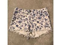 Women's Floral Shorts - H&M - Size 10