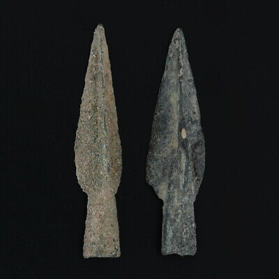 Ancient Arrowheads Lot of 2 Trilobate Triblade Pyramid Weaponry Patinaed