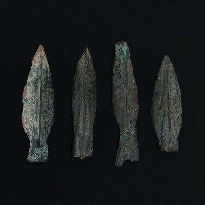 Ancient Arrowheads Trilobate Pyramid Triblade Patinaed Weaponry Lot of 4