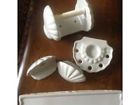 Bathroom Accessories - Lovely Good Quality Ceramic Shell Pattern