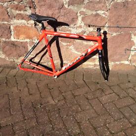 Fuji Roubaix Pro 56cm Bike Frame. Alloy and carbon. Original seat and post.