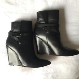 Boots Kurt Geiger Size 4 Black