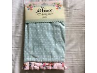 Ditsy Floral Apron