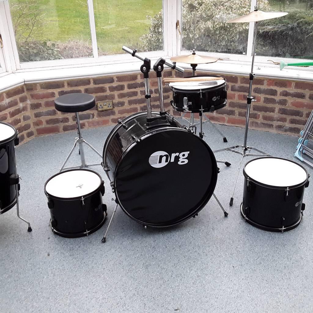 Beginner's drum kit