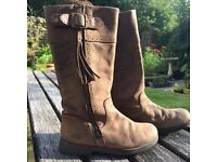 Camper Kids Long Brown Leather Boots for a Girl - Size 31