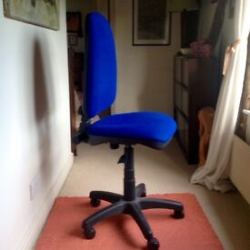 Office chair, blue