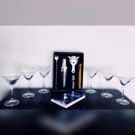 Andrew James Parisian Cocktail Set with Six 11.5cm Martini Glasses